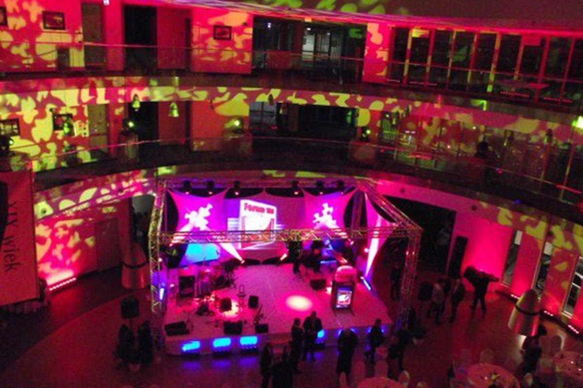 Event - dekoracja światłem na event. Terytoria cover band